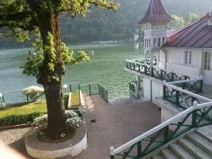 Best Road Route from Delhi to Nainital