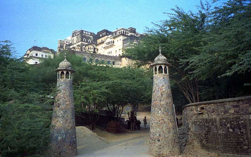 Neemrana Fort Palace Entrance