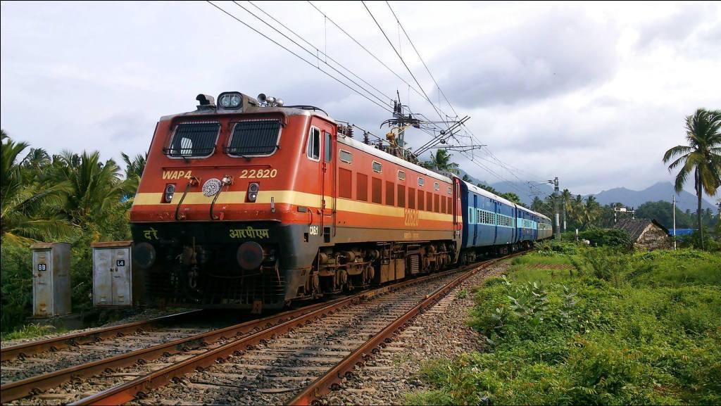 Railways to tie up with ISRO