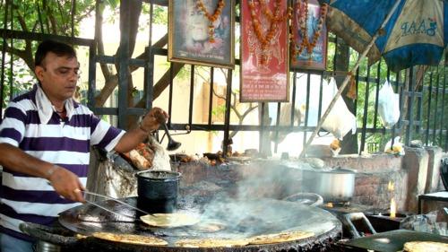 Moolchand Parathe Wala, Lajpat Nagar