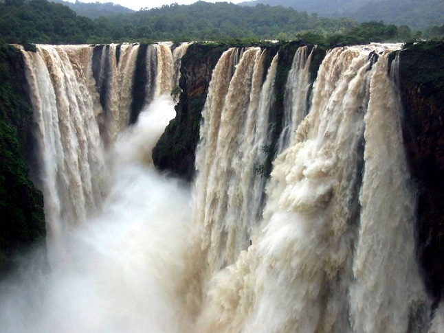 Jyothi Raj at Jog Falls, Karnataka