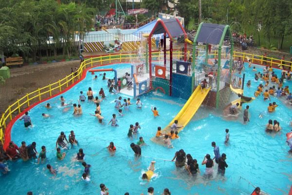 Neeladri Water Park, Bangalore