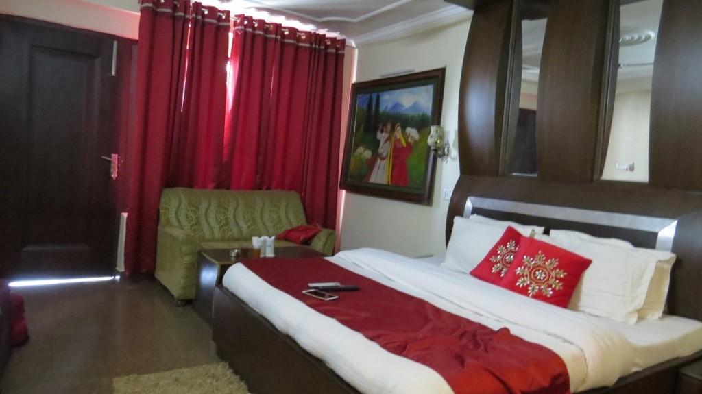 Mongas Hotel Dalhousie Deluxe Room