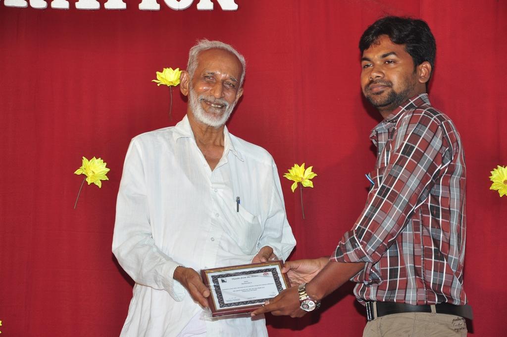 Kalyanasundaram – The Librarian who Donated his Entire Life's Savings for Education & Upliftment
