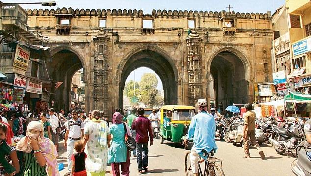 Teen Darwaza, Ahmedabad