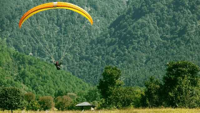 Paragliding in Kunjapuri