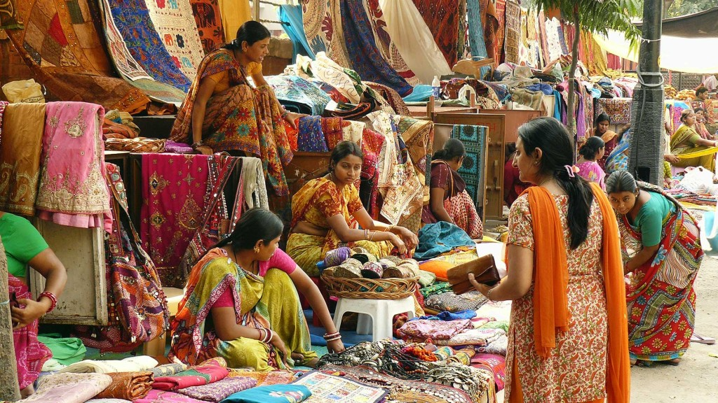 Janpath Market Lucknow