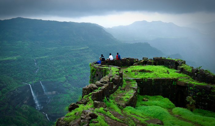 Top 10 places to visit in india in monsoon Top 10 best vacation places