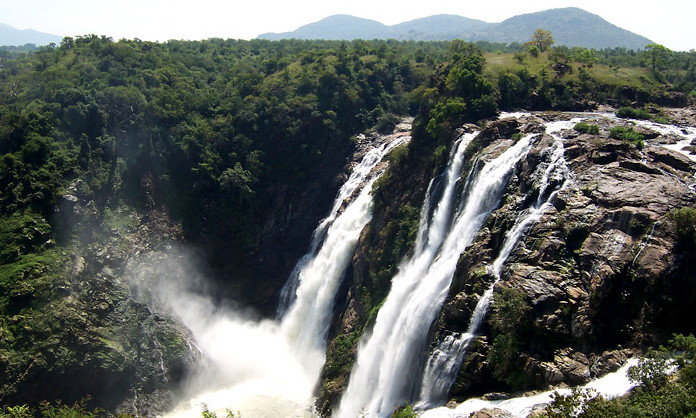 Top 10 Places to Visit near Bangalore in Monsoon