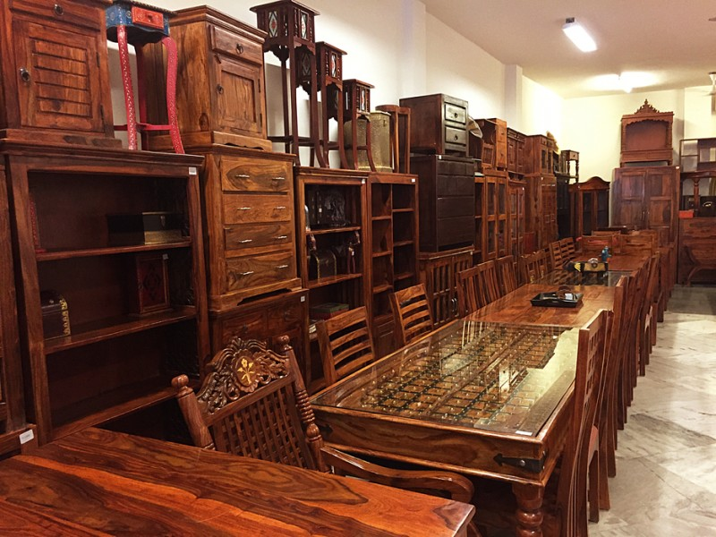 Karol Bagh Furniture Market