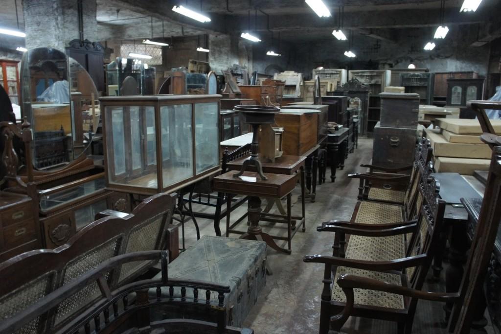 Old Furniture Market in Delhi