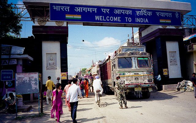 Sunauli India Nepal Border