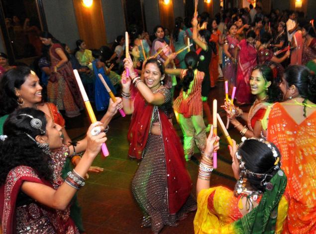 Dandiya Raas, Gujarat