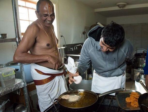 Kalayur Village cooks