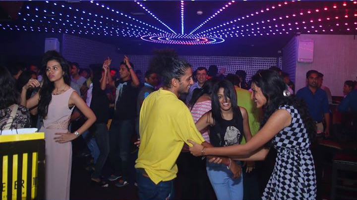 New Year Party at No Limits Lounge Bangalore