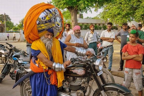Avtar Singh Mauni Turban Man