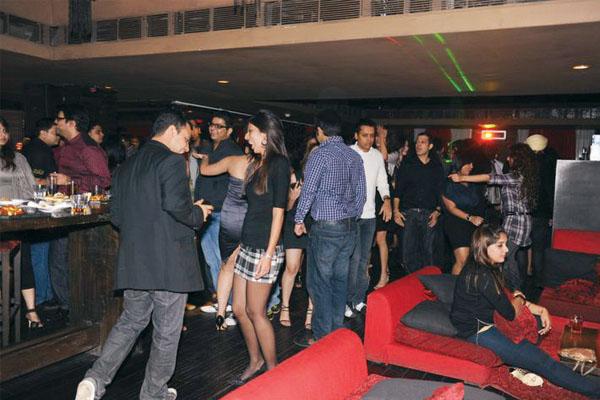 Shisha Reincarnated, Camac Street, Kolkata New Year Party