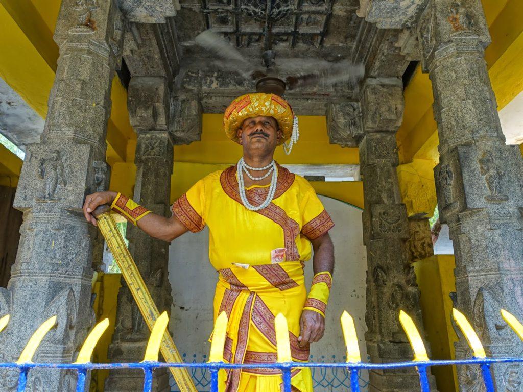 Abdul Haziz Indias Statue Man