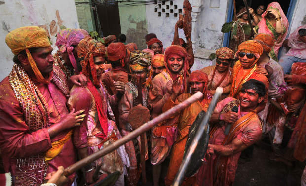 Lathmar Holi of Barsana : The Riot of Colours