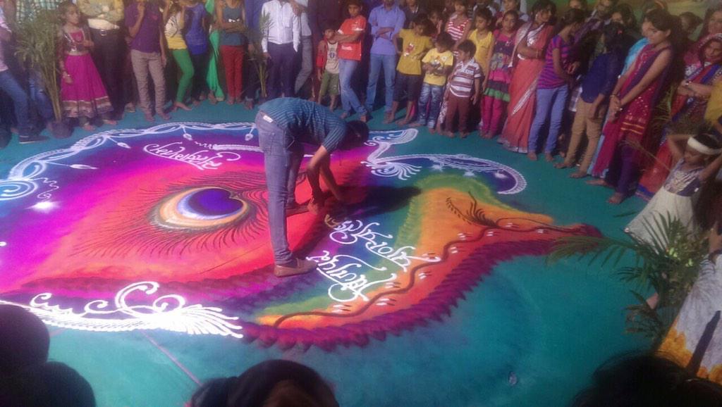 Rahul Swami Indias fastest rangoli maker