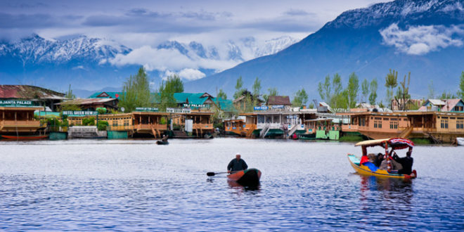 10 Most Beautiful Lakes in India