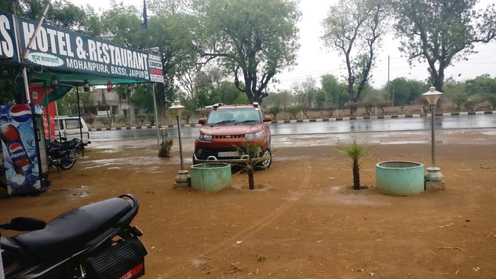 Dhaba on Jaipur-Ajmer Highway