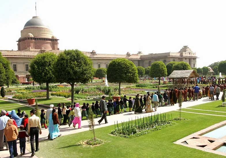 Mughal Gardens, New Delhi