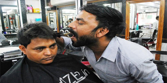 Ansar Ahmad - India's only Mouth Barber