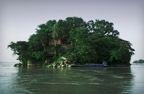 Umananda Island, Assam - World's smallest Inhabited River Island