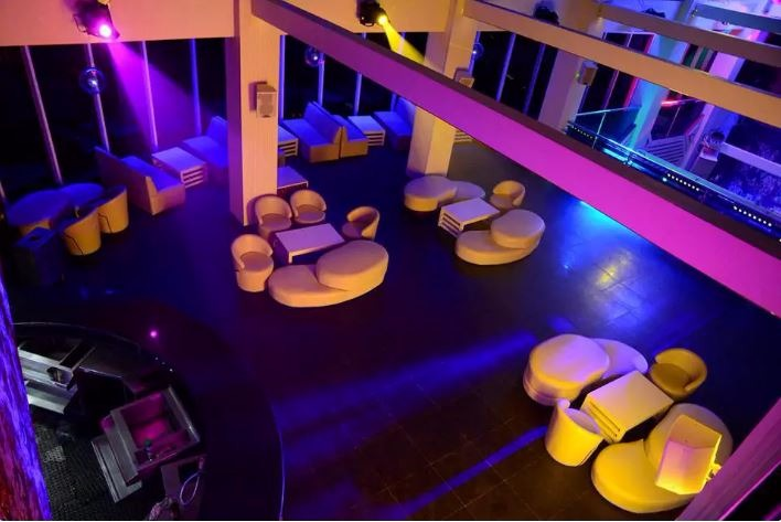 Grand Royal Nightclub, Noida