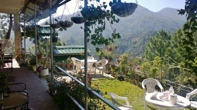 Club 10 Pine Lodge, Mukteshwar