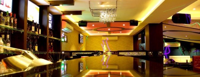 Mustang Lounge, Indore