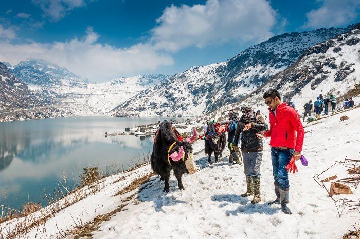Tsomgo Lake Snowfall