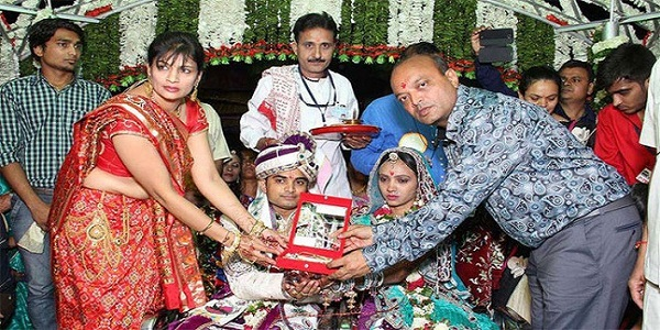 Mahesh Savani - A Proud Father of 436 Daughters