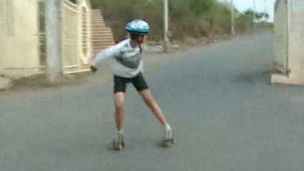 Prayatna Sharma - The Fastest Reverse Skater of the World