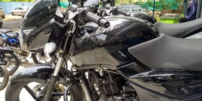 Bajaj Pulsar 150 Classic launched at Rs.67437 in India