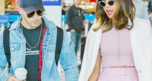 Is Nick Jonas in Mumbai to meet Priyanka Chopra mother