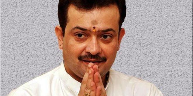 Self-styled spiritual leader Bhaiyyuji Maharaj commits suicide in Indore