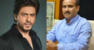 Maharashtra Health Minister Rajesh Tope thanks SRK for contributing 25000 PPE kits